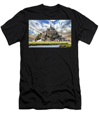 Mont Saint-michel Men's T-Shirt (Athletic Fit)