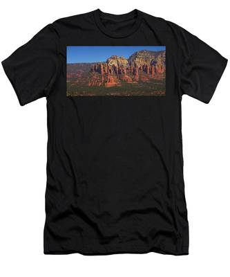 Munds Mountain Panorama Men's T-Shirt (Athletic Fit)