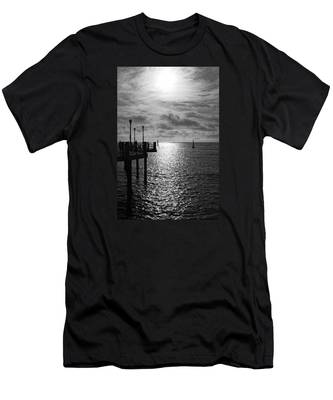 Pier Into The Sun Men's T-Shirt (Athletic Fit)