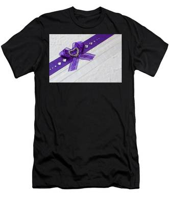 Purple Ribbon Heart Men's T-Shirt (Athletic Fit)