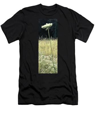 Queen Anne Men's T-Shirt (Athletic Fit)