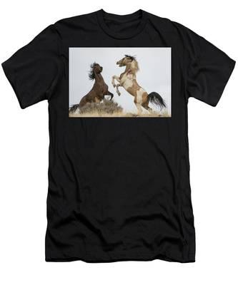 Skyline Fight Men's T-Shirt (Athletic Fit)