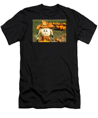 Smiling Scarecrow With Pumpkins Men's T-Shirt (Athletic Fit)