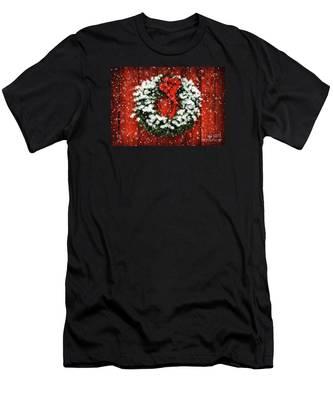 Snowy Christmas Wreath Men's T-Shirt (Athletic Fit)