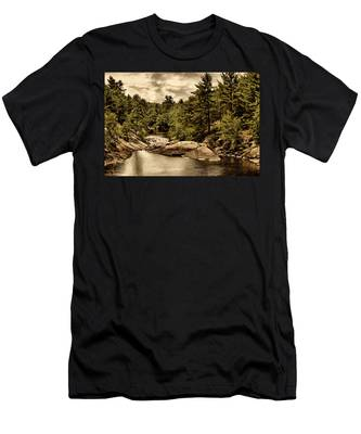 Solitary Wilderness Men's T-Shirt (Athletic Fit)