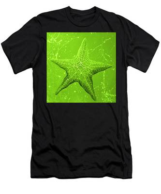 Starfish In Green Men's T-Shirt (Athletic Fit)