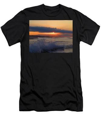 Summer Dawn I I Men's T-Shirt (Athletic Fit)