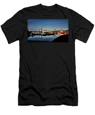 Sunny Morning At Onset Pier Men's T-Shirt (Athletic Fit)