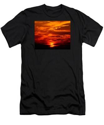 Sunrise Feathers Men's T-Shirt (Athletic Fit)