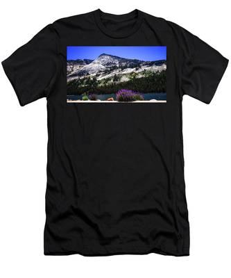 Tanaya Lake Wildflowers Yosemite Men's T-Shirt (Athletic Fit)