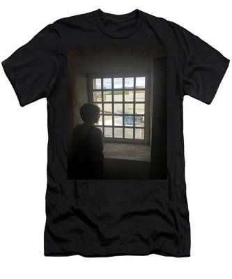 The Contrast Of War Men's T-Shirt (Athletic Fit)