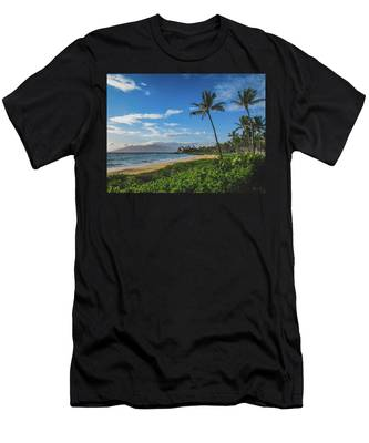 Wailea Beach Men's T-Shirt (Athletic Fit)