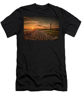 Warm Sunrise At The Fire Island Lighthouse Men's T-Shirt (Athletic Fit)