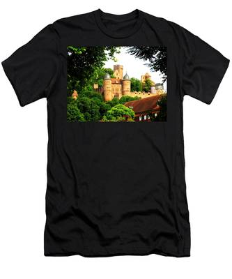 Wertheim Castle Men's T-Shirt (Athletic Fit)