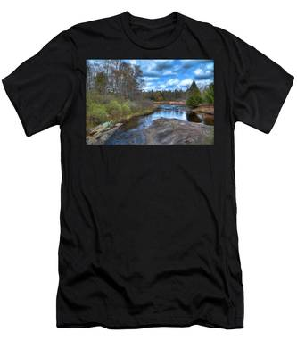 Woodhull Creek In May Men's T-Shirt (Athletic Fit)