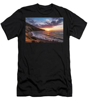 Bluff Cove At Sunset Men's T-Shirt (Athletic Fit) by Andy Konieczny