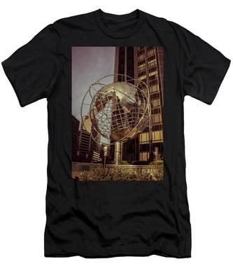 Globe 2 Men's T-Shirt (Athletic Fit)