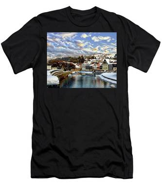 Kronach Winter Scene Men's T-Shirt (Athletic Fit)