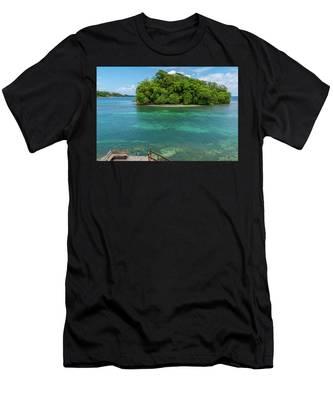 Monkey Island In Portland Jamaica Men's T-Shirt (Athletic Fit)