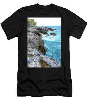 Negril Jamaica Cliffs Men's T-Shirt (Athletic Fit)