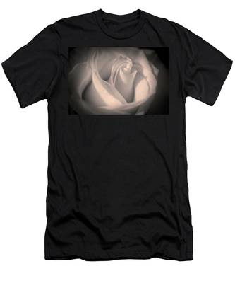Silky Pastel Rose Men's T-Shirt (Athletic Fit)