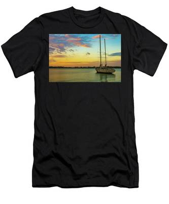 Sunset On The Lagoon Men's T-Shirt (Athletic Fit)