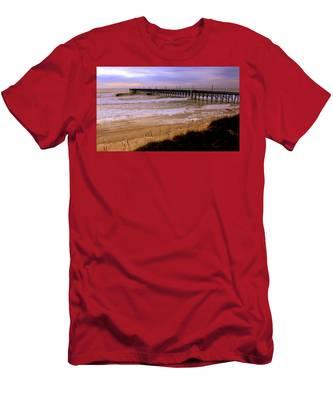 Surf City Pier Men's T-Shirt (Athletic Fit)