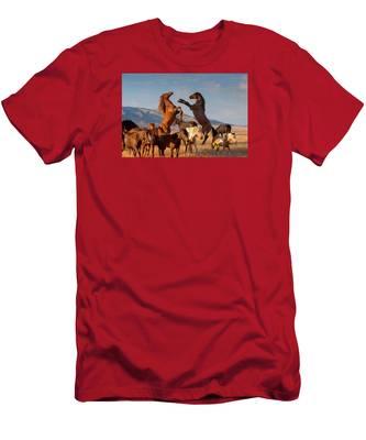 Mustang Clash Men's T-Shirt (Athletic Fit)