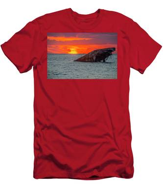 Red Sky At Sunset Point - Cape May New Jersey Men's T-Shirt (Athletic Fit) by Bill Cannon