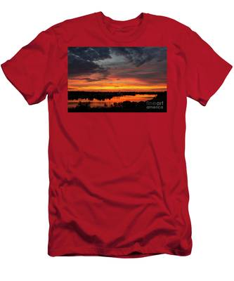 Sunset On Mainstee Lake Men's T-Shirt (Athletic Fit)