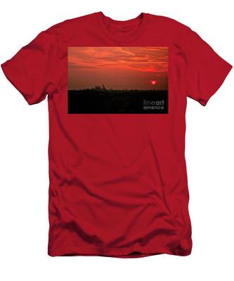 Sunset Over Philly Men's T-Shirt (Athletic Fit)