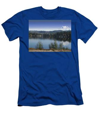 Mount Rainier In The Fall Men's T-Shirt (Athletic Fit)