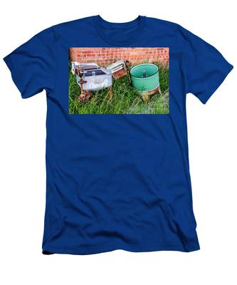 Wringer Washer And Laundry Tub Men's T-Shirt (Athletic Fit)