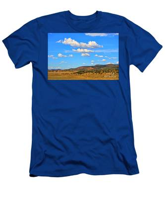 Cloudy Wyoming Sky Men's T-Shirt (Athletic Fit)