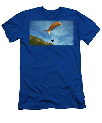 High Flyers Men's T-Shirt (Athletic Fit)