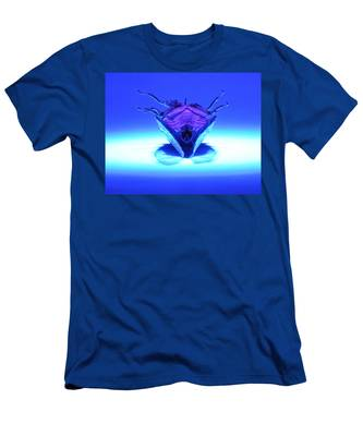 Cicada In Uv Men's T-Shirt (Athletic Fit)