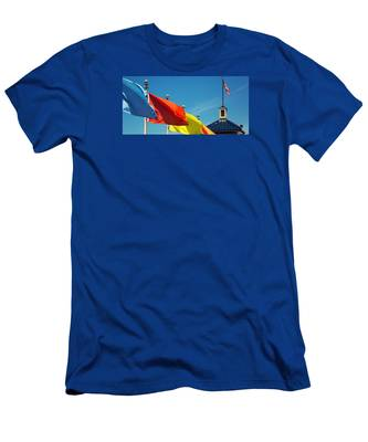 Redondo Beach Flags Men's T-Shirt (Athletic Fit)