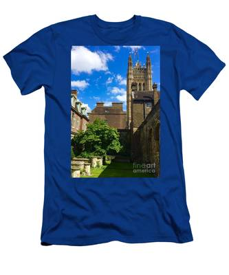 Westminster Abby Garden Men's T-Shirt (Athletic Fit)