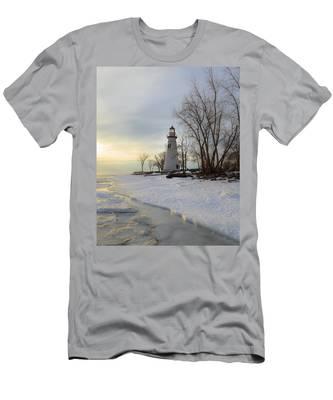 Marblehead Lighthouse Winter Sunrise Men's T-Shirt (Athletic Fit)
