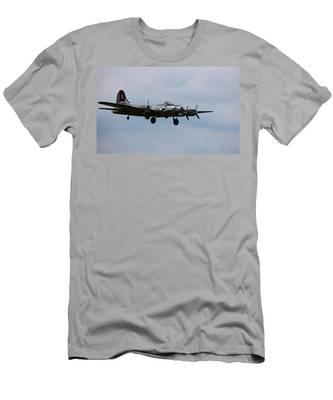 B-17 Yankee Lady Men's T-Shirt (Athletic Fit)