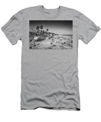 Beach Life From Yesteryear Men's T-Shirt (Athletic Fit)