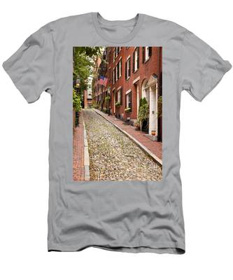 Beacon Hill Men's T-Shirt (Athletic Fit)