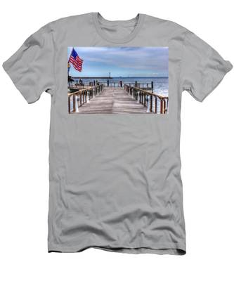Ferry I See You Men's T-Shirt (Athletic Fit)