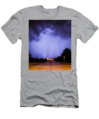 Field Goal Men's T-Shirt (Athletic Fit)