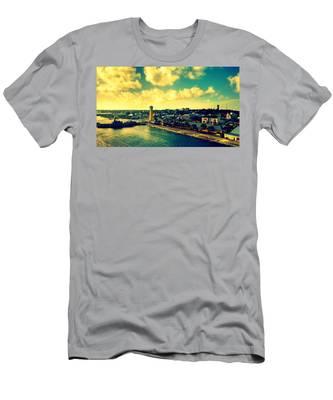 Nassau The Bahamas Men's T-Shirt (Athletic Fit)