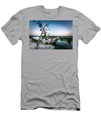 Pennybacker Bridge Austin Men's T-Shirt (Athletic Fit)