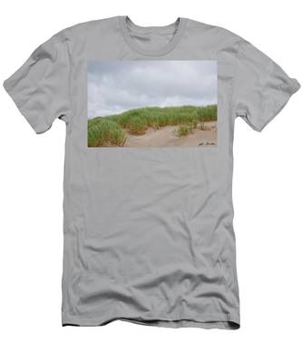 Sand Dunes And Grass Men's T-Shirt (Athletic Fit)