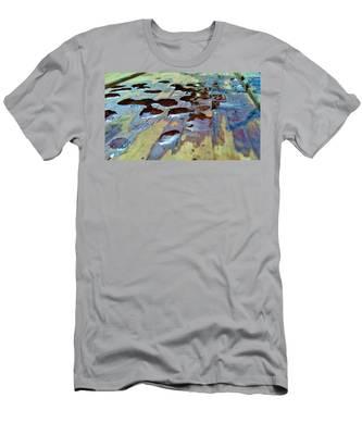 Standing Drops Men's T-Shirt (Athletic Fit)