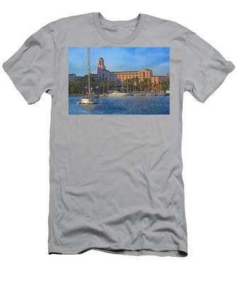 The Vinoy Park Hotel Men's T-Shirt (Athletic Fit)