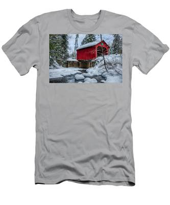 Men's T-Shirt (Athletic Fit) featuring the photograph Vermonts Moseley Covered Bridge by Jeff Folger